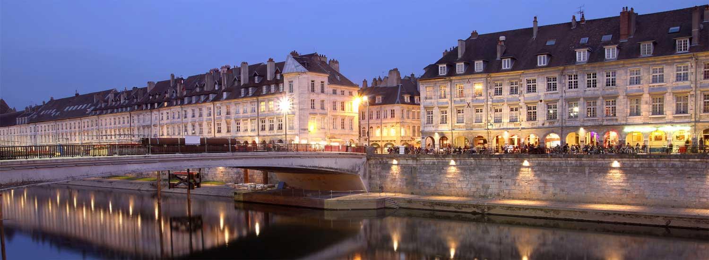 Le quai Vauban - Centre ville de Besançon