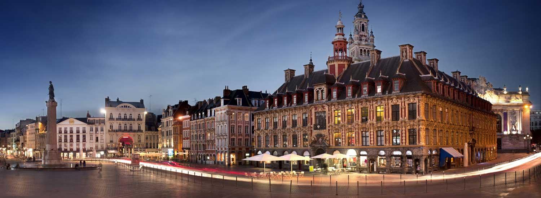 La Grand Place à la tombée du soir