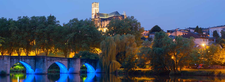 Pont sur la Vienne au centre ville de Limoges
